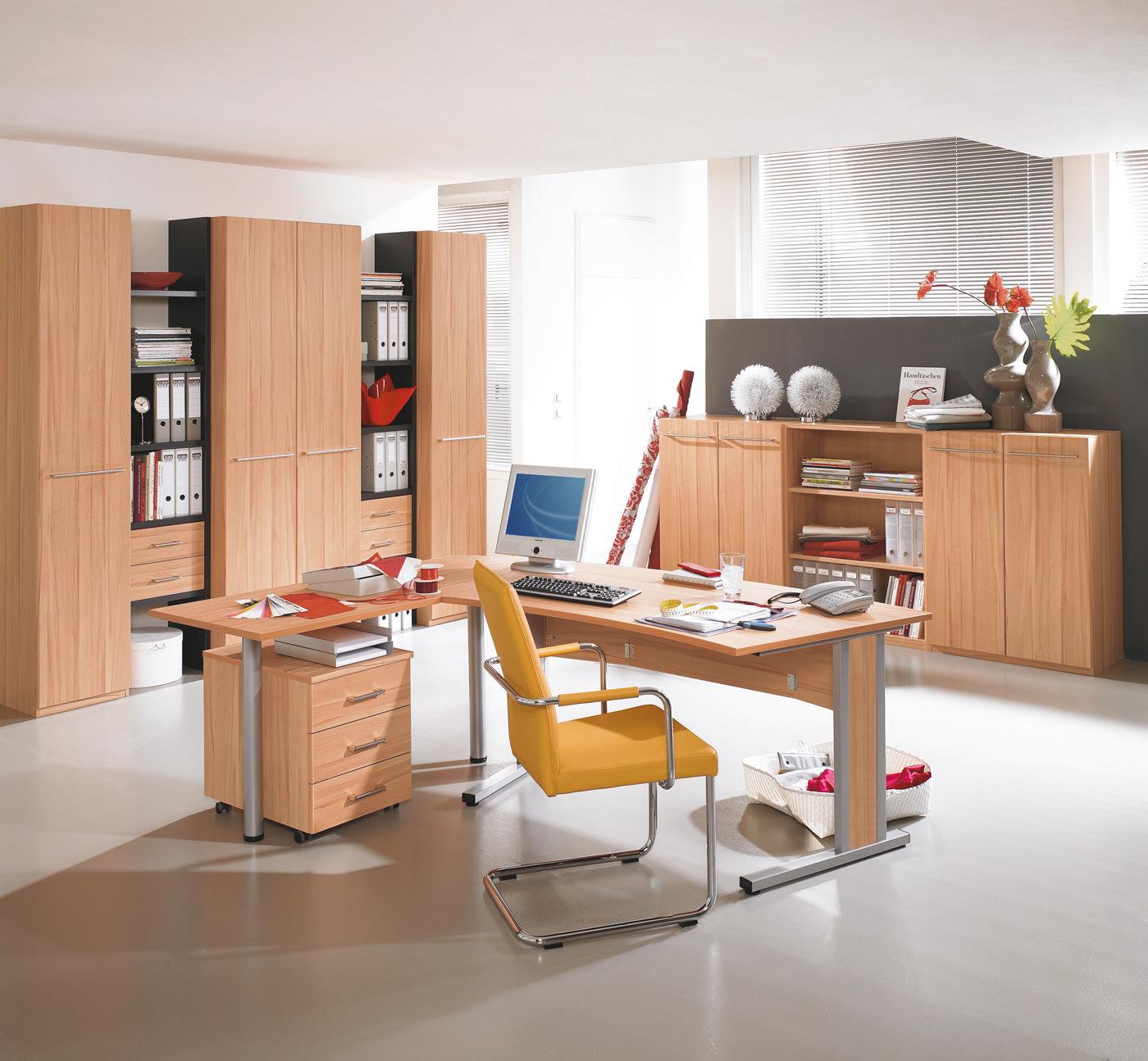 b rom bel aus ampfing komfortables arbeiten und verstauen. Black Bedroom Furniture Sets. Home Design Ideas
