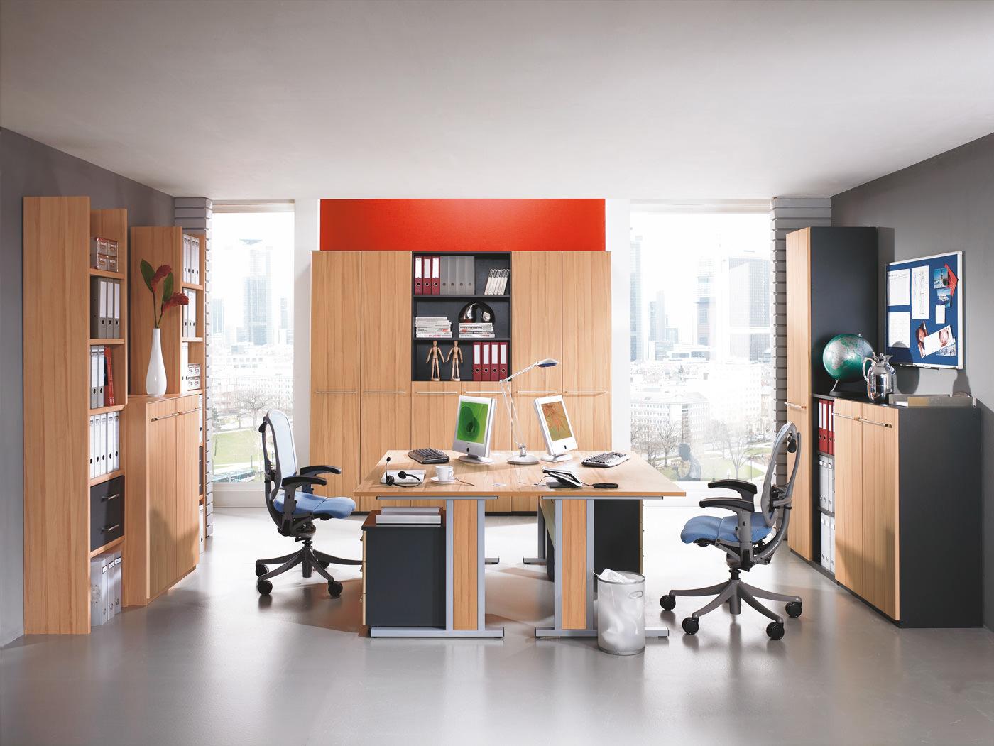 Büromöbel Aus Ampfing Komfortables Arbeiten Und Verstauen